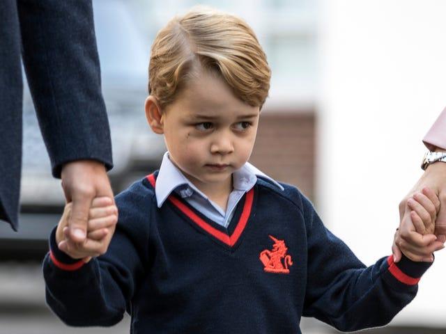 เจ้าฟ้าชายจอร์จแห่งเคมบริดจ์ Condescends เพื่อเริ่มเตรียมตัวโรงเรียน