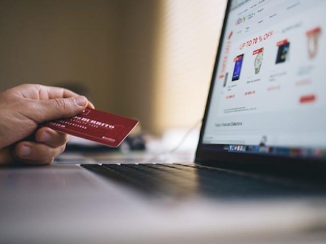 Kenapa Anda Perlu Keluar Sebagai Tetamu Semasa Belanja Online