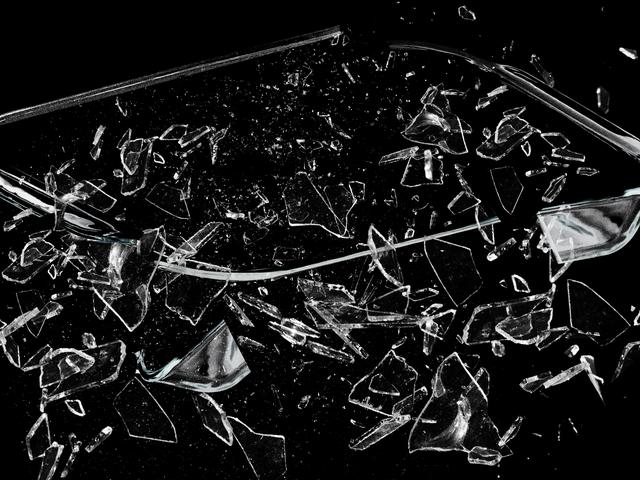 Η αντιπαράθεση γυαλιού Pyrex που δεν θα πεθάνει