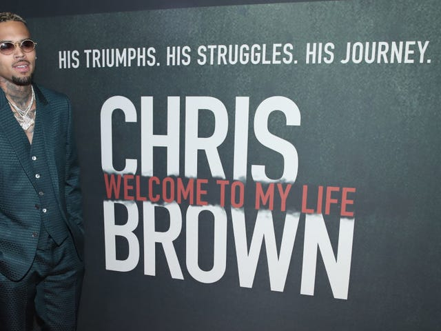 Chris Brown Detained for Rape Allegations in Paris, Meeting His Weekly Arrest Quota à La Mode