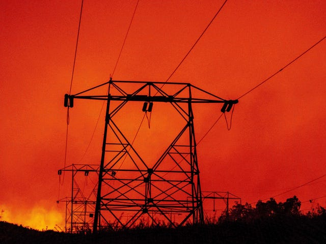 How to Fireproof California's Electric Grid