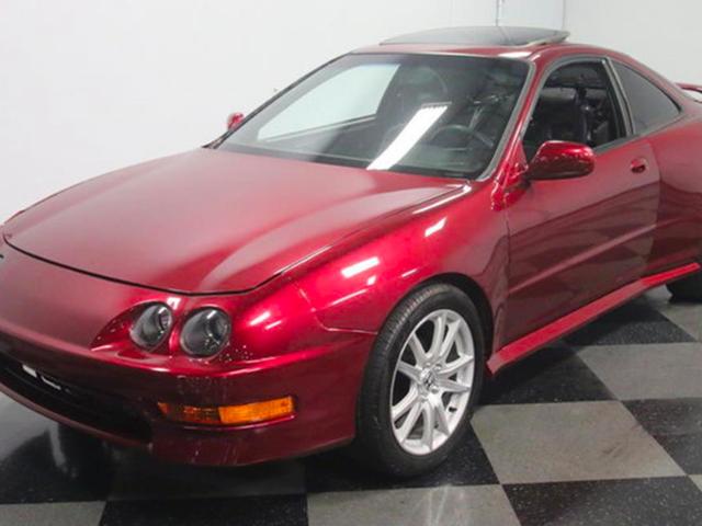 这款中置发动机8.2升V8 1999 Acura Integra Sleeper几乎不可驾驶
