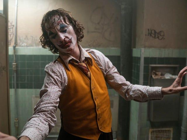 Warner Bros tulee niin vakavaksi, potkaisee kaikki haastattelijat Jokerin punaiselta matolta