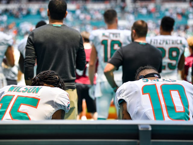 A Week 2 Roundup of NFL Players Who Protested Police Brutality During The National Anthem
