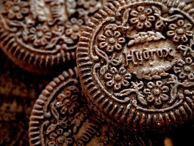 Oreo and Hydrox's 100-Year-Old Blood Feud Is Heating Up Over Claims of Hidden Cookies