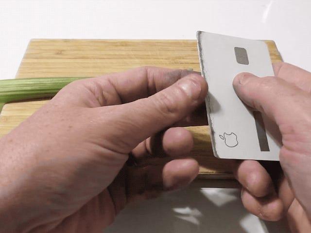 Nogen har forvandlet et Apple-kort til en skarp kniv, som du kan lægge i din tegnebog