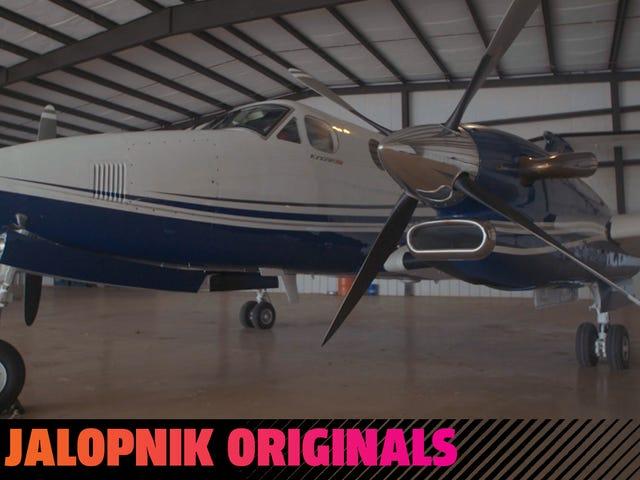 Apa Yang Dibutuhkan (Dan Biaya) Untuk Menerbangkan Pesawat Anda Sendiri