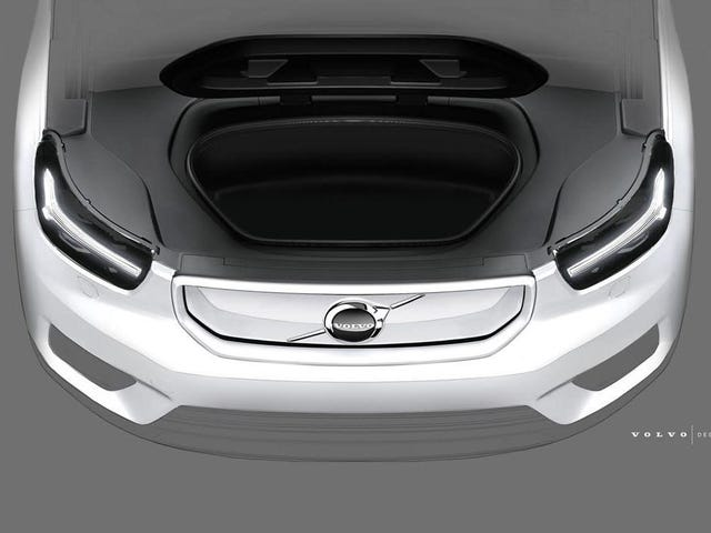 Elektriska Volvo XC40 får en frunk