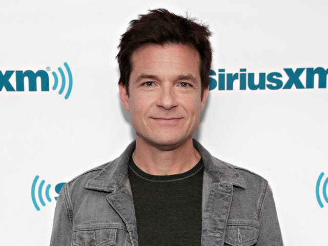 Jason Bateman 'Would Love to Play a Woman'
