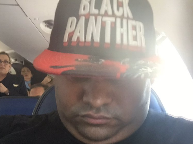 United Airlines Kicks Passenger Off Plane Because of Marvel Superhero Hat [UPDATE]