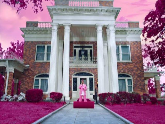 Track: Throw It Back | Artist: Missy Elliot | Album: Iconology