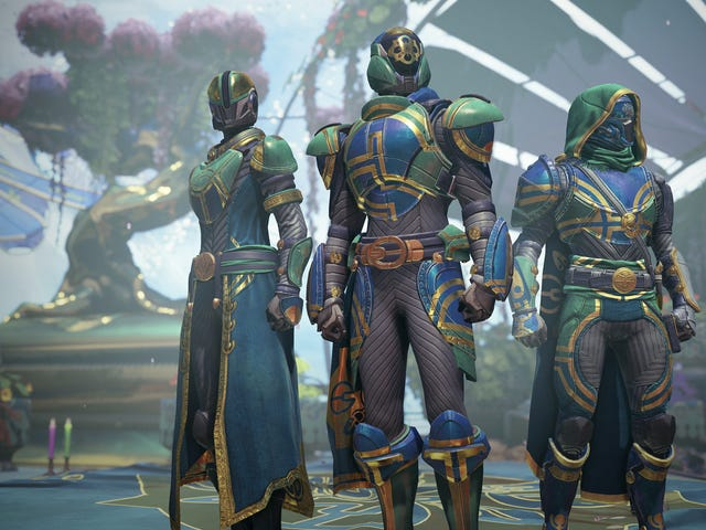 I Play Destiny As A Warlock But Now Think I Should Be A Titan