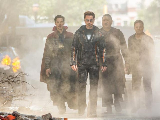 Watch Live: io9's Avengers Assemble to Chat About Everything in Infinity War