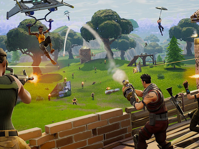 Watch A Crowd Lose Its Mind Over Dramatic Fortnite Finish