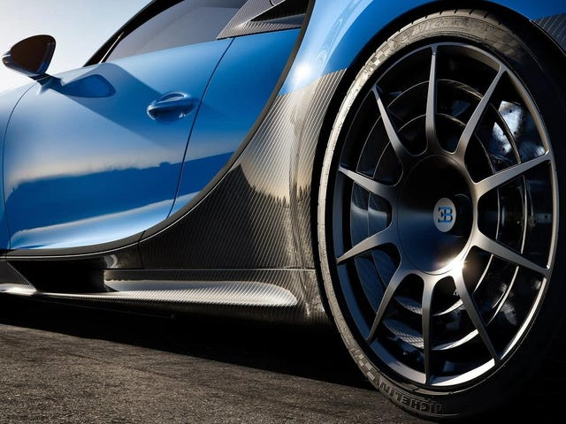 After Careful Consideration, The Bugatti Chiron Pur Sport Wheels Are Good