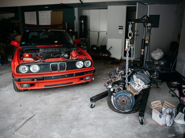 Swapping an M3 motor into an E30 Wagon