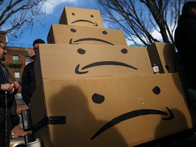 Amazon se completa con <i>Black Mirror</i> convirtiendo el agotador trabajo de almacén en un videojuego