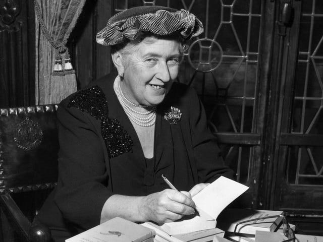 Amazon och BBC lagde upp för anpassning av Agatha Christie's The Pale Horse