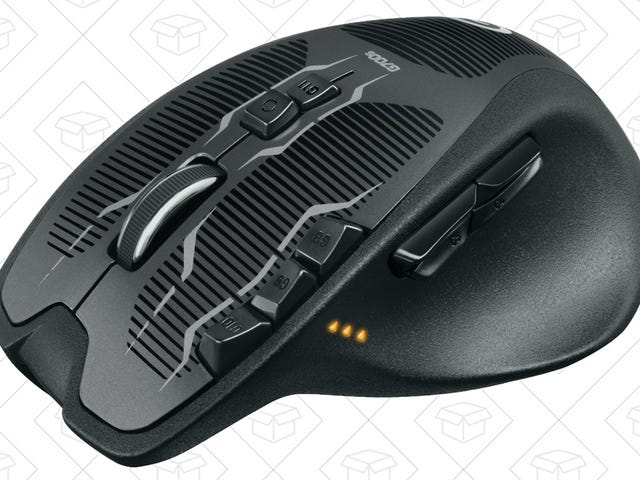Snipe the Best Deal Ever on Logitech's G700s Gaming Mouse