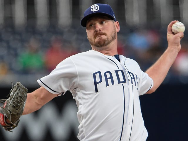 Travis Wood Fucked Up His Finger In A Crossbow Accident And Damn It Looks Gross