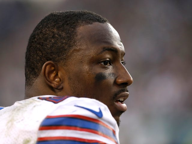 Report: LeSean McCoy Arrest Warrant Impending, Will Turn Himself In