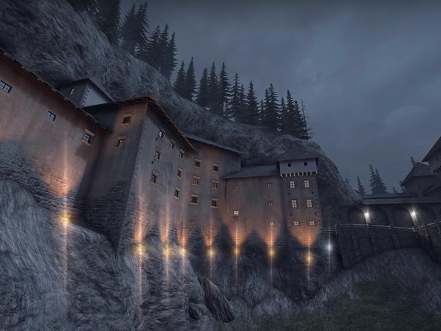 Le super fan de CSGO a voyagé dans un château européen pour le comparer à une carte populaire