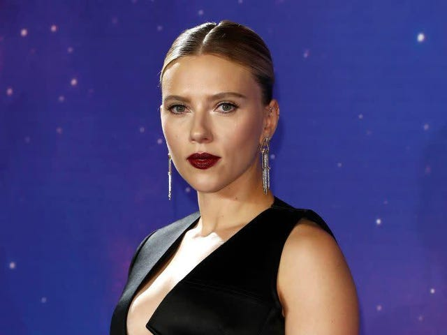Dylan Farrow Thinks Scarlett Johansson 'Has a Long Way to Go'
