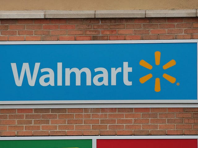 Walmart Accused of Punishing Workers for Sick Days, Miscarriages, and Pregnancy