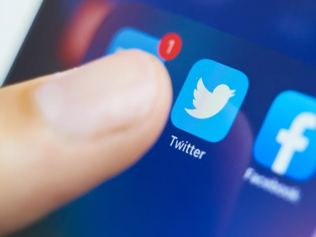 How to Preserve the Tweets of Someone Who Has Died Before Twitter Purges Them