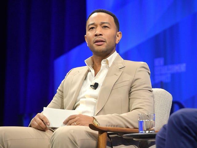 """John Legend powiedział, że on i Kanye nie są """"najbliższymi przyjaciółmi"""", ale chce, abyśmy zaoszczędzili miejsce na jego wyjaśnienie"""
