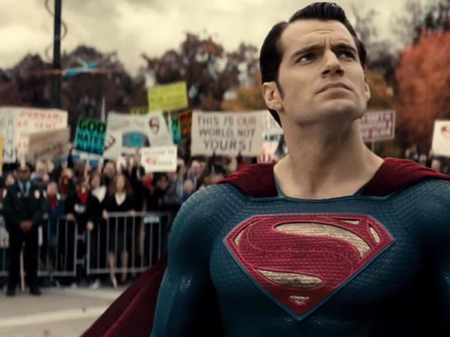 超人正在将他的经典音乐主题带回<i>Justice League</i>但是有一个追赶者