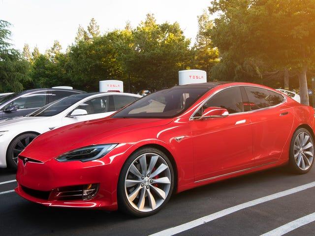 Vous pouvez laisser vos enfants dans votre Tesla maintenant et ils ne mourront pas parce que la technologie