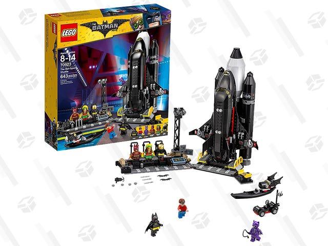 What's Cooler Than a Regular Spaceship? A Bat-Space Shuttle.