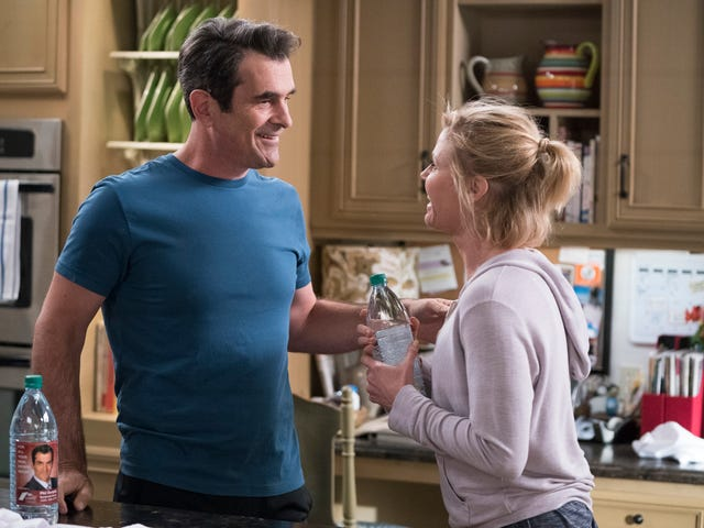 A lovingly lighthearted Modern Family offers upa nice change of pace