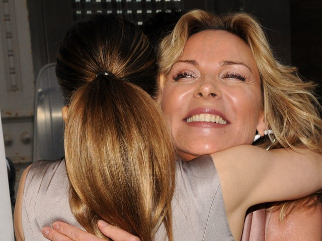Kim Cattrall Has Had It With Sarah Jessica Parker's Bullshit Condolences