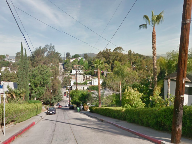 Apps Keep Sending LA's Worst Drivers Up This Super Steep Street And They Can't Handle It