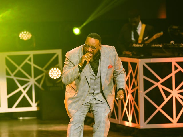 Marvin Sapp Teams With R. Kelly for Song on Gospel Singer's Upcoming Album