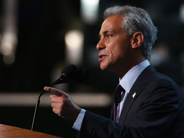 Chicago Will Withhold High School Diplomas Unless Students Have a Job, College, or Military Plans