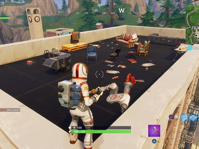Seems Like Epic Is Trolling Fortnite Players Waiting For The Comet At Tilted Towers