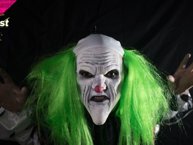 Walang Nagustuhan ang Espiritu Gum: Isang DirtCast Halloween Special
