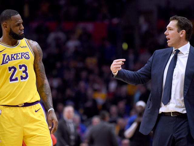 Report: The Lakers Actually Wanted Good Players Instead Of The Bad Players They Signed