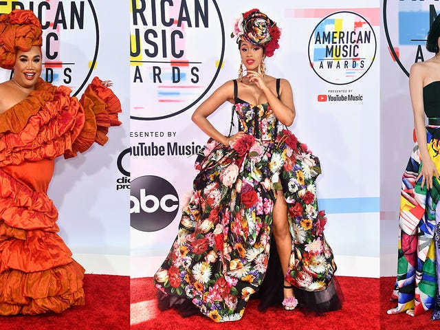 Statement Suits, Plush Pinks, and a Lotta Gowns on the American Music Awards Red Carpet