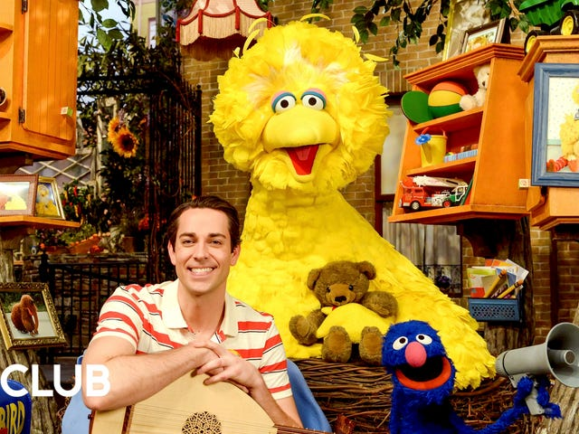 Even the adults who work on Sesame Streetpinch themselves when Big Bird walks by