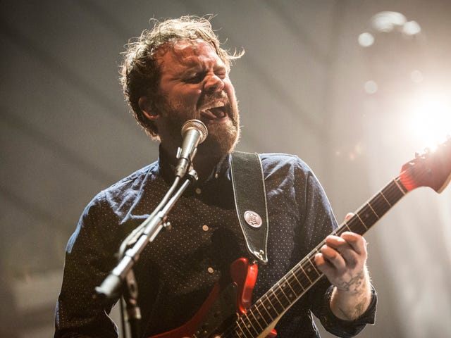 Ben Gibbard, Craig Finn, and more reflect on late Frightened Rabbit singer Scott Hutchison in new documentary