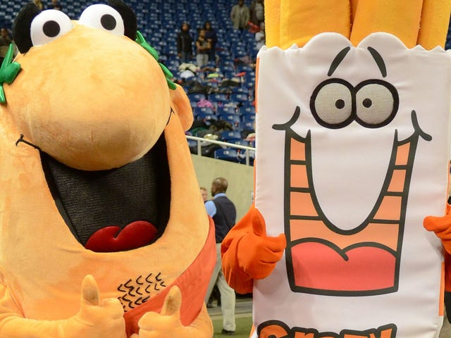 What's up with the back of the Little Caesars mascot's throat?