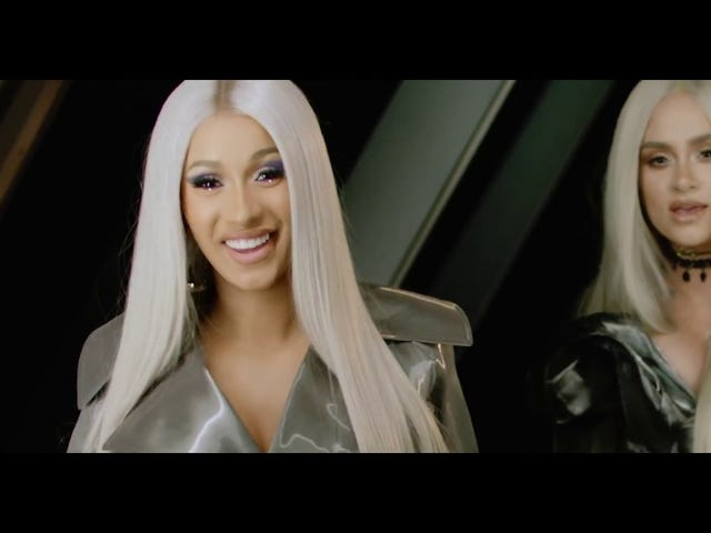 Cardi B's Video for 'Ring' har oss alle bundet opp