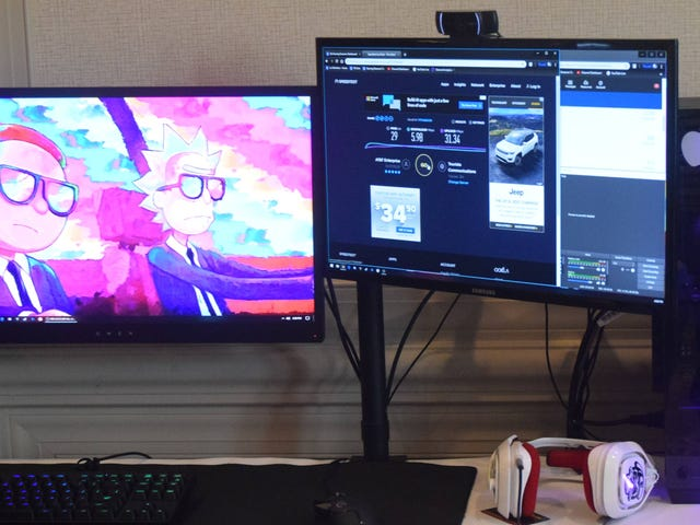 How Do You Extend Your Display Across Two Monitors?
