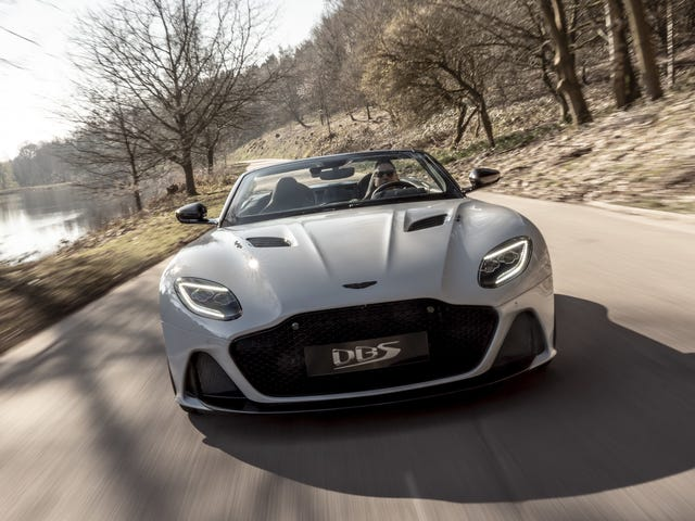 El 2020 Aston Martin DBS Superleggera Volante es tan hermoso que me da dolor de estómago