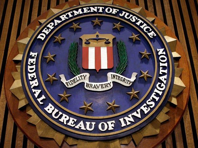 El FBI planea monitorear Facebook, Twitter e Instagram para detectar terrorismo y amenazas domésticas en tiempo real