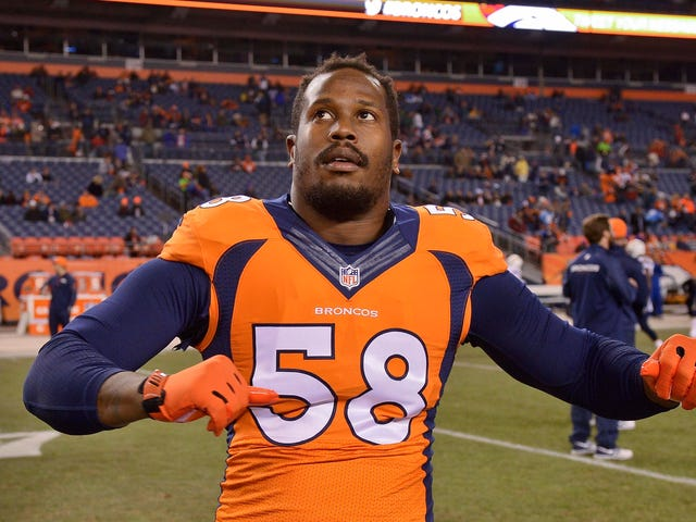 """Von Miller Says There's """"No Chance"""" He Plays Under Franchise Tag This Season"""